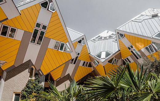 Cube-houses,-Rotterdam,-Netherlands