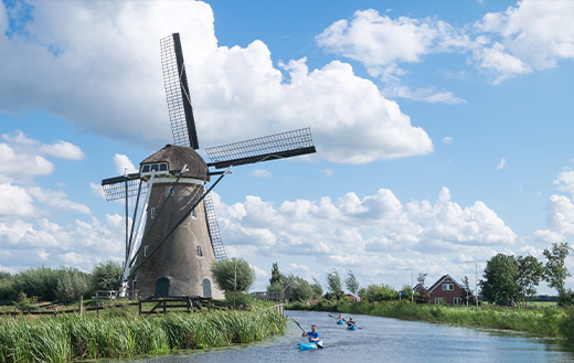 Windmill-at-Haastrecht-in-the-Netherlands