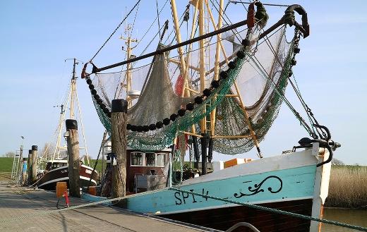 fishing boat ashore puzzle