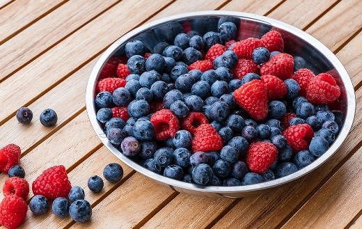raspberries and blueberries puzzle