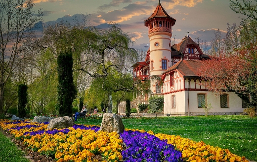 Historical building architecture castle Germany online