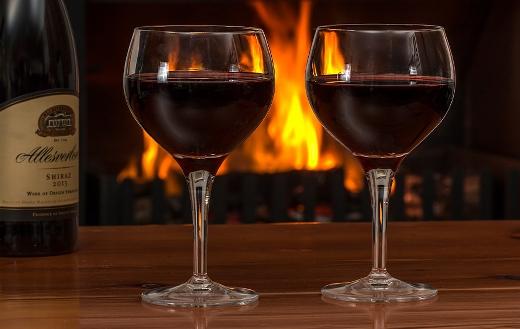 Log fire red wine