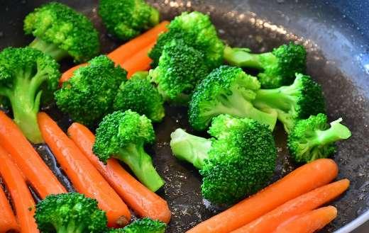 Broccoli carrots vegetables