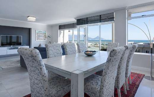 Modern dining living room