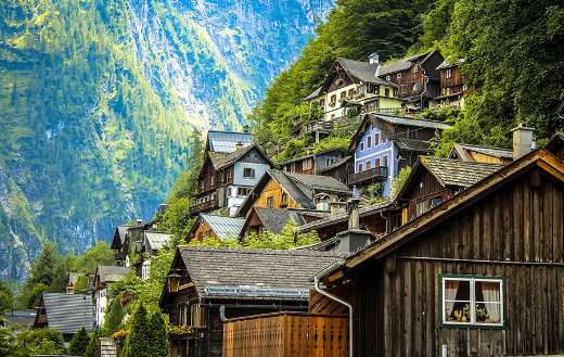 Houses in a mountain puzzle