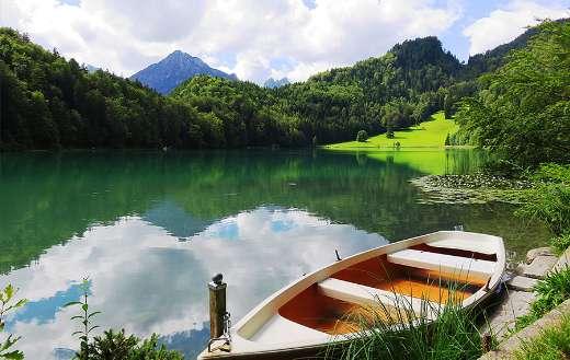 Boat on dock nice scenery online