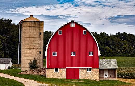 Wisconsin red barn online