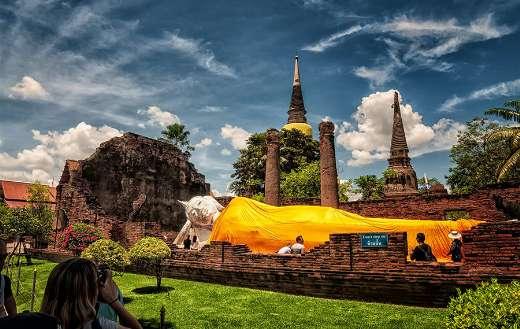 Wat yai chai mongkhon Thailand puzzle