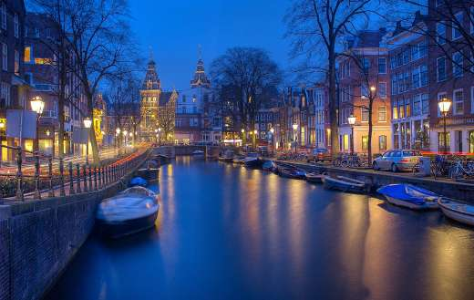 Amsterdam night canals online