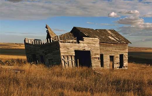 Old barn farmland online