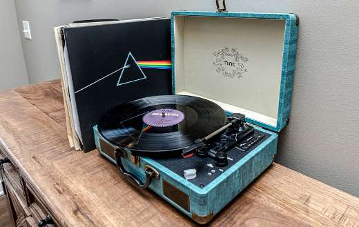 Vintage record player puzzle
