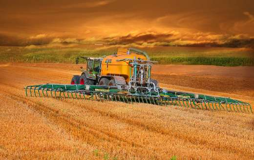 Agriculture field tractor online