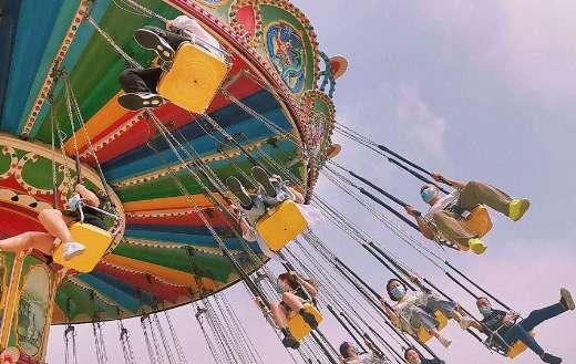 Fun fair swing ride puzzle