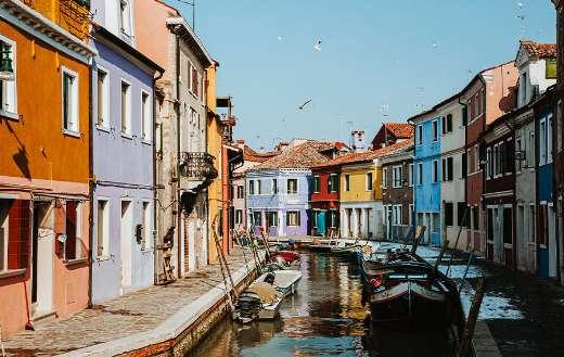 Gondolas Venice colorful houses