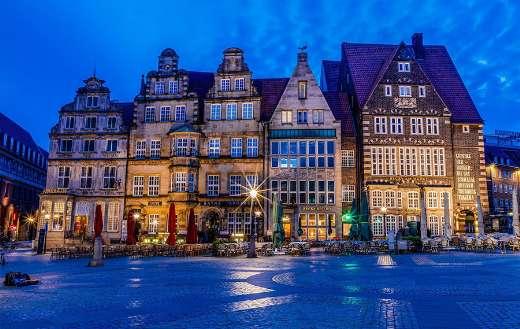 Market place old town Bremen online