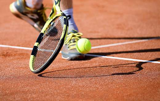 Play tennis court puzzle